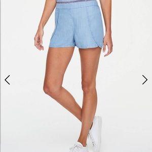 Ann Taylor Loft NEW chambray denim shorts small